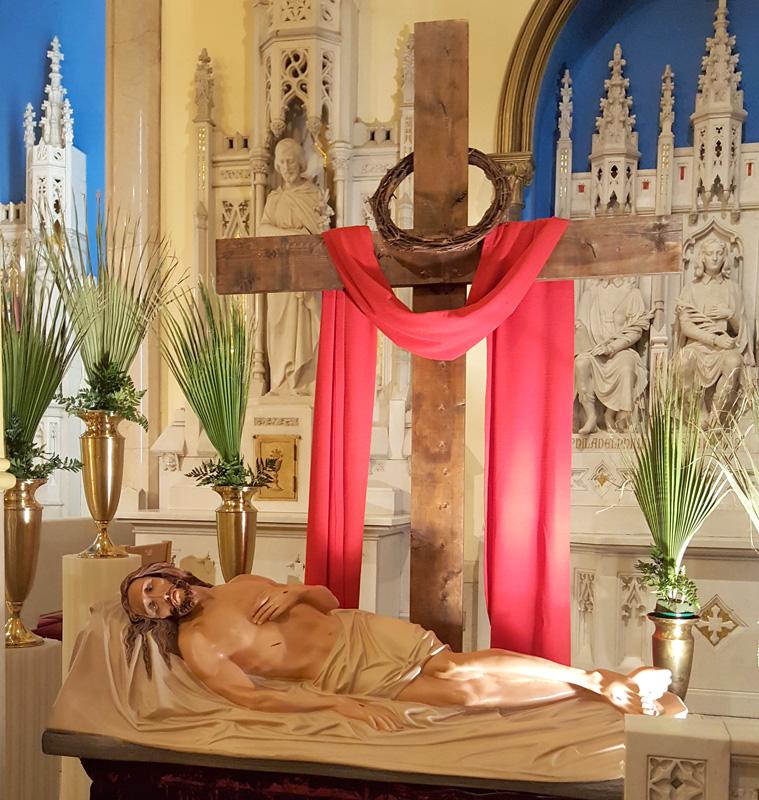 Imagen de Jesús al pie de la cruz