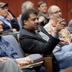 Neil deGrasse Tyson: Gran científico, pero mamais como ninguno